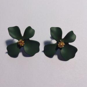 Jewelry - Green Flower Petal Earrings